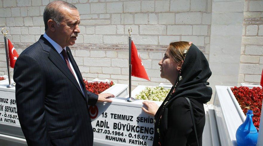 Erdoğan ve Yıldırım'dan 15 Temmuz Şehitliği'ne ziyaret