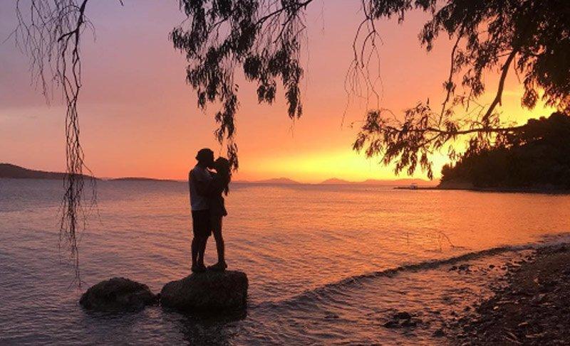 Neslihan Atagül ve Kadir Doğulu'nun romantik tatili