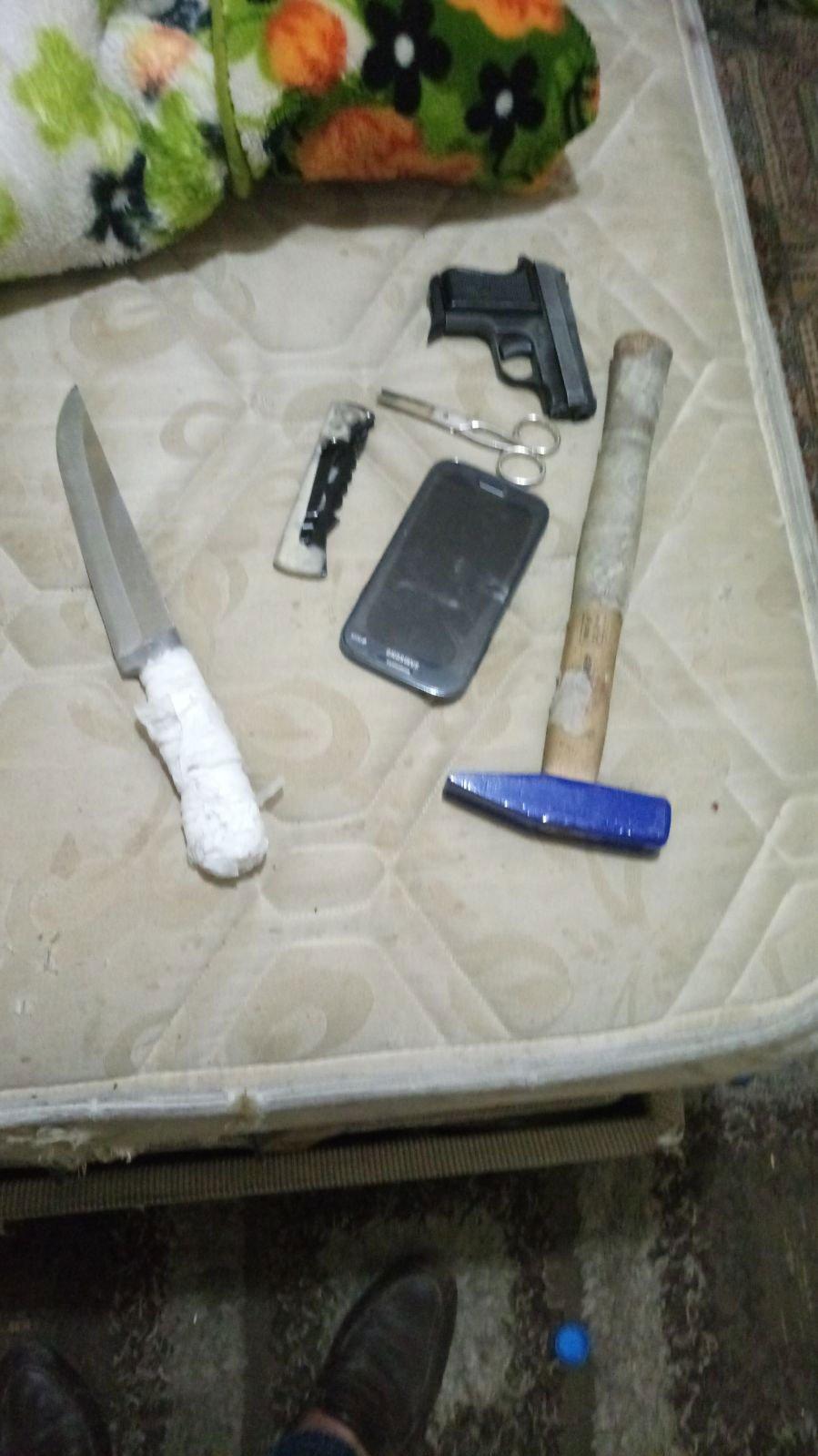 FOTO:SÖZCÜ -Kaçırılan İranlılara bu aletlerle işkence yapmışlar...