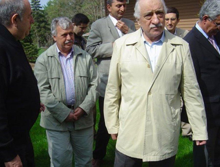 Hüseyin Gülerce sık sık FETÖ'nün ABD'deki karargahına gidip teröristbaşı Feto ile görüşüyordu.