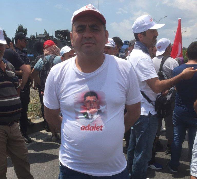 FOTO:SÖZCü- Adalet Yürüyüşü'nde 15 Temmuz Şehidi Ömer Halisdemir de unutulmadı.