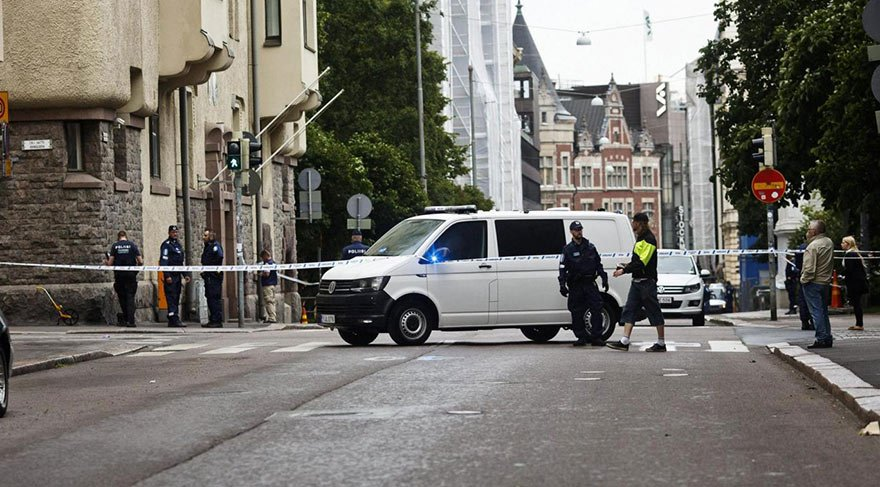 Helsinki'de araç kalabalığa daldı: 1 ölü, çok sayıda yaralı var