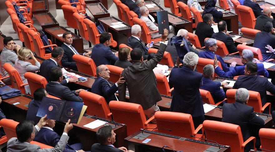 Haberler Ankara'dan! AKP'nin iç tüzükten sildiği kritik cümle