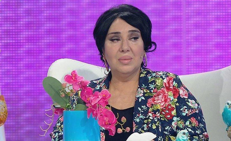 Modacı Nur Yerlitaş hastaneye kaldırıldı