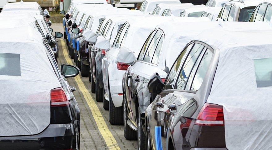 Otomobil ve hafif ticari araç pazarı küçüldü