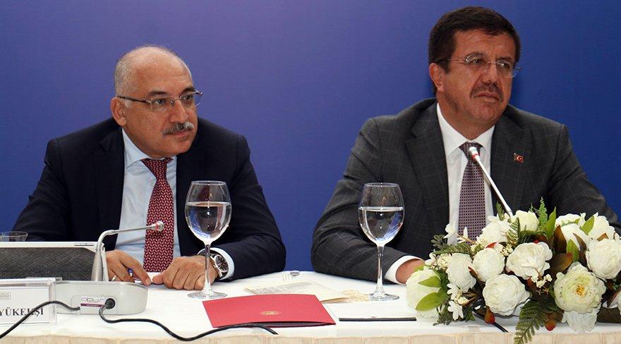 Türkiye İhracatçılar Meclisi (TİM) Başkanı Mehmet Büyükekşi ve Ekonomi Bakanı Nihat Zeybekci