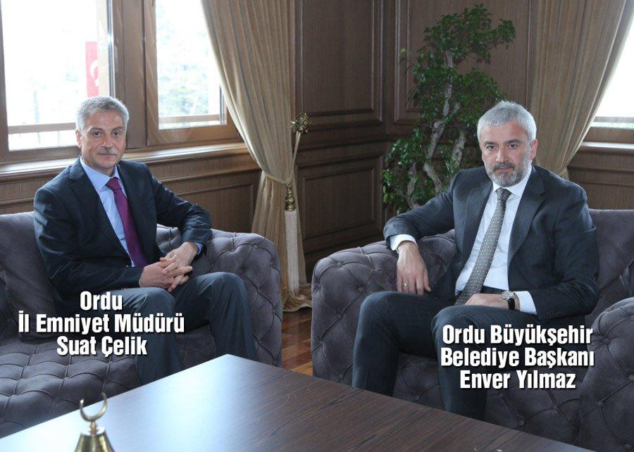 Türkiye Emniyet Müdürü ile Belediye Başkanı'nın kavgasını konuşuyor.