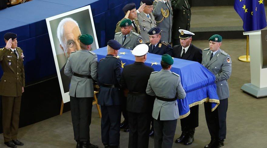 Dünya liderleri, bu cenazede buluştu