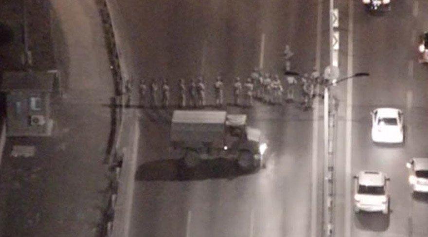 15 Temmuz Şehitleri Köprüsü'nden darbe girişimi görüntüleri