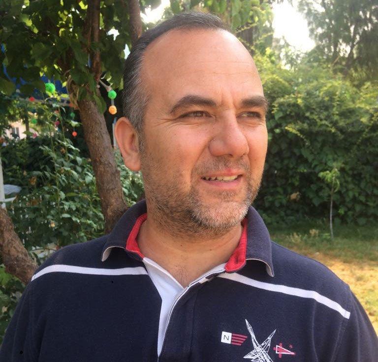 FOTO:DHA- Asbest Söküm Uzmanı Yüksek Makine Mühendisi Özcan Suretti asbest konusunda uyarılarda bulundu.