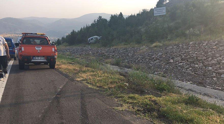 Lastiği patlayan araç takla attı: 2 ölü, 3 yaralı
