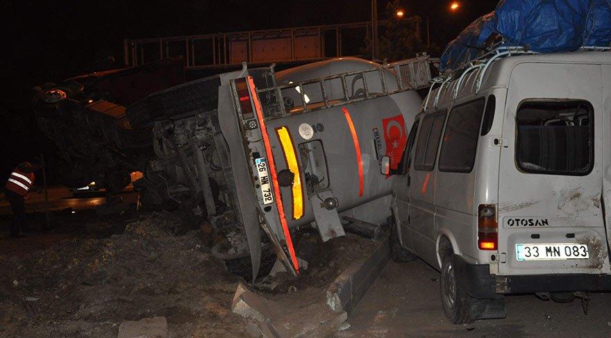 Eskişehir'de zincirleme kaza: 6'sı çocuk 19 yaralı