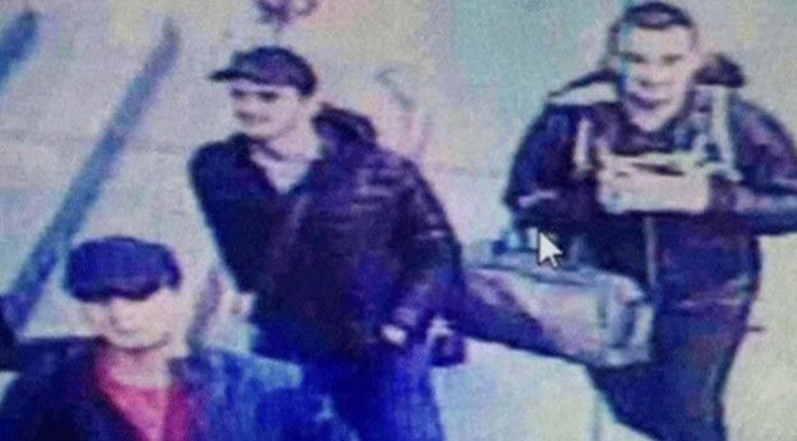 Türk Bayrağı'na çirkin saldırı