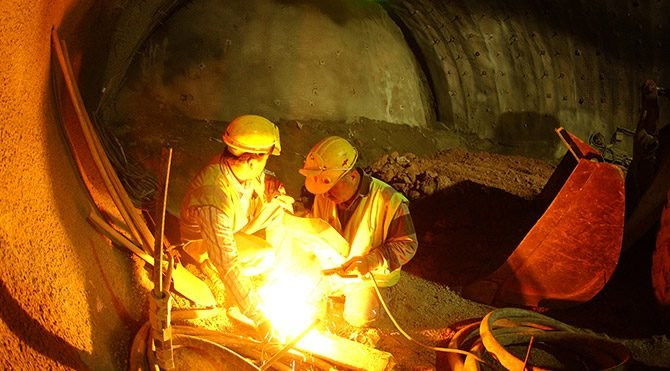 Sanayi üretimi bir önceki aya göre %1,5 azaldı