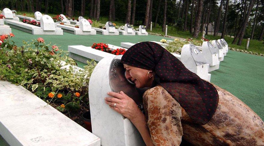 Srebrenica soykırımı nedir? Srebrenica kurbanları katliamın yıl dönümünde anılıyor