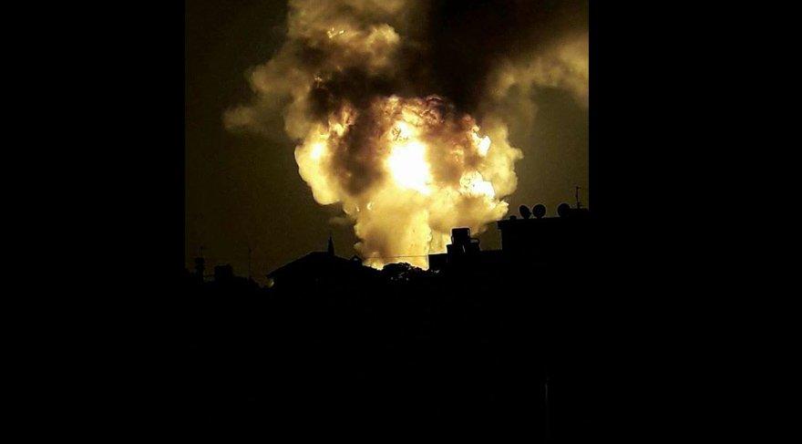 FOTO:İHA - TIR'la çarpışan tanker bomba gibi patladı...