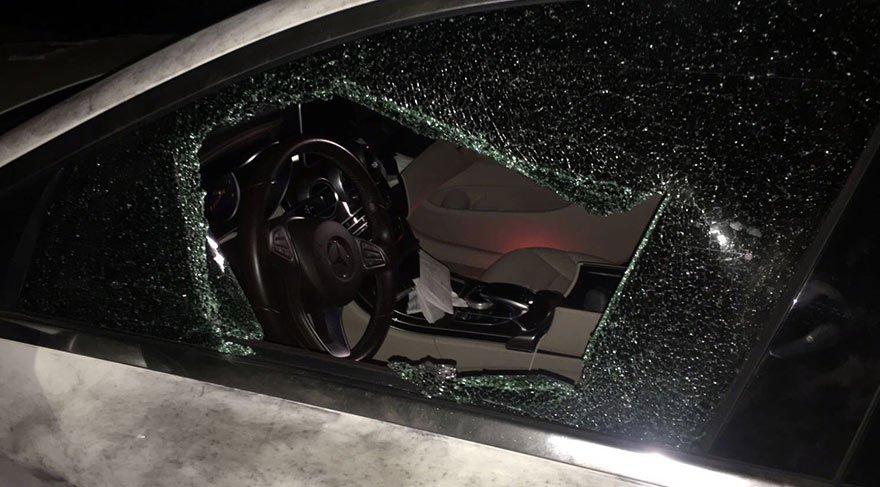 AKP'li Başkan'ın aracına saldırı