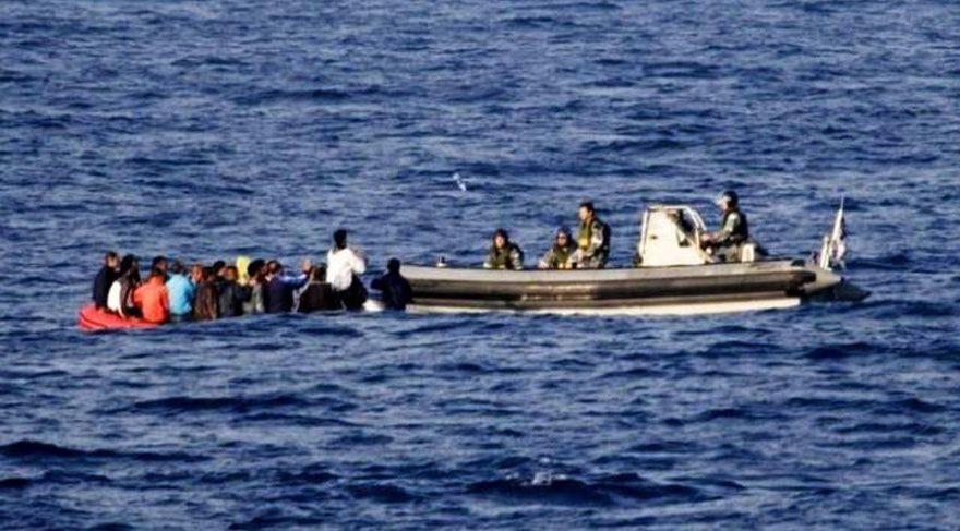 Adalet Mitingi'ne katılmak isteyenler vapurlarla Maltepe Sahili'ne gidiyor