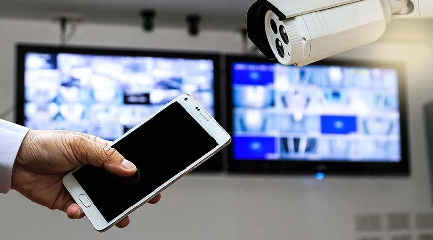 Telefonunuz her an sesinizi kaydediyor olabilir: Tehlikeli virüs geri döndü!