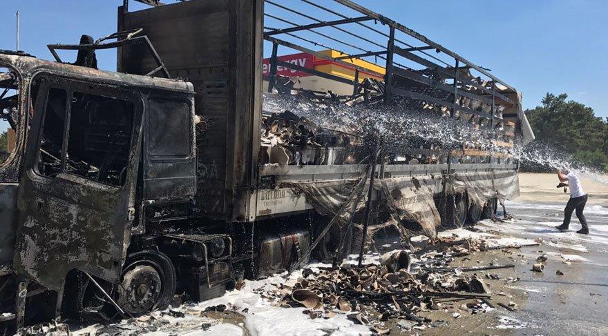 TIR'da çıkan yangın son anda söndürüldü