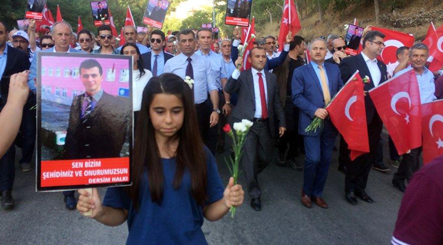 Tunceli'de Necmettin öğretmen için yürüdüler
