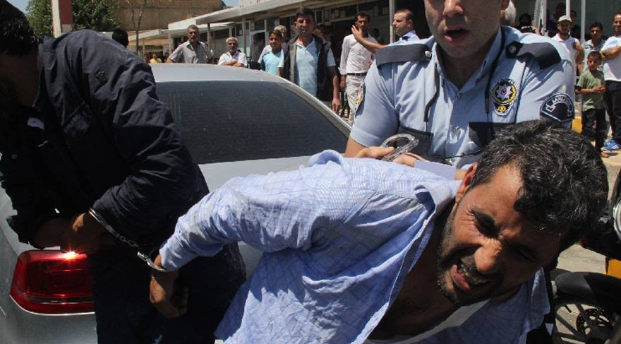 20 kişi birden sopalarla saldırdı! Bir kenti karıştırdı