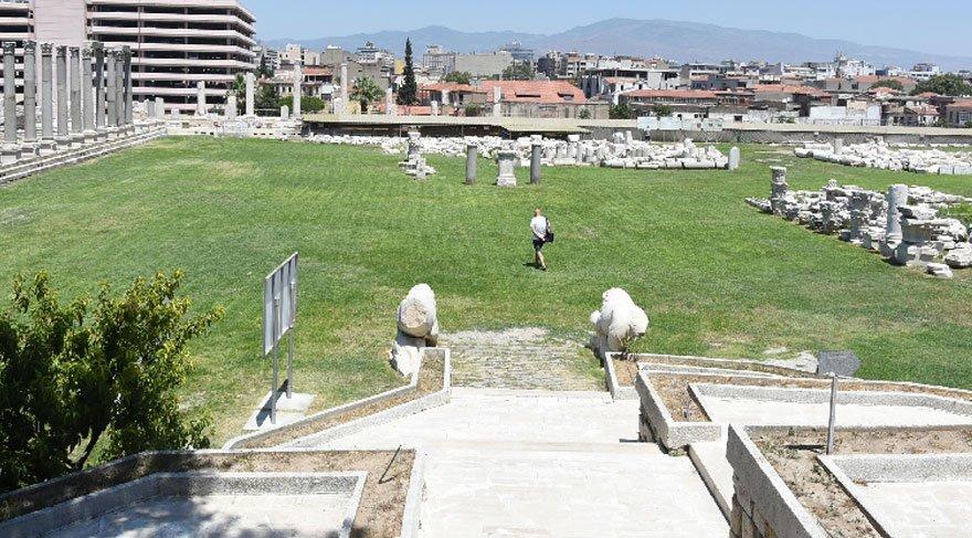 İzmir Agorası sessizliğe büründü