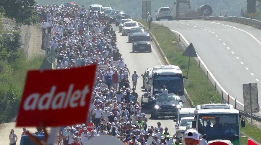 Avrupa'dan Adalet Yürüyüşü yorumu: Dünyanın en büyük eylemi yapılıyor