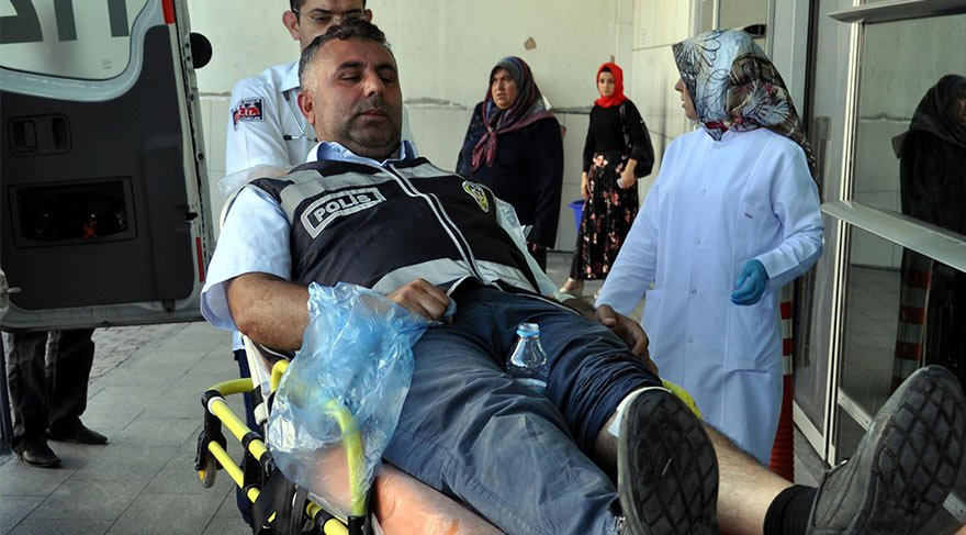 Zabıta- seyyar kavgasında polis ile zabıta yaralandı