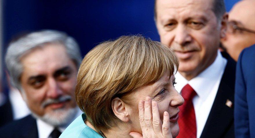 Merkel'den gümrük birliği çıkışı
