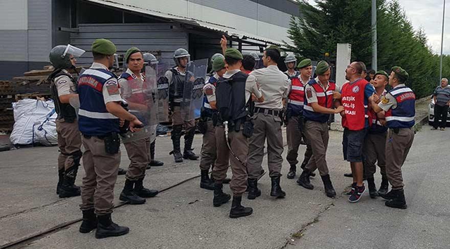 25 gündür grev yapan işçilere gözaltı
