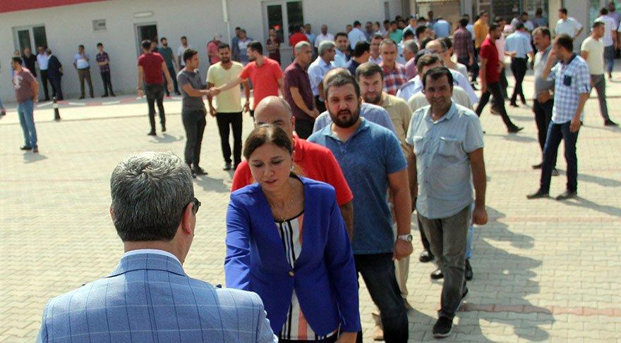 Osman Ak'ı yüzlerce kişi uğurladı
