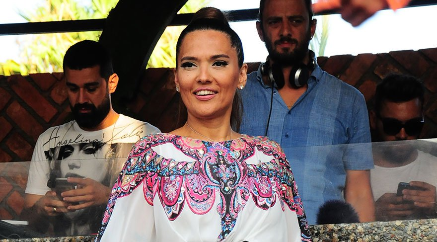 Demet Akalın'dan Okan Kurt ve Hande Yener açıklaması