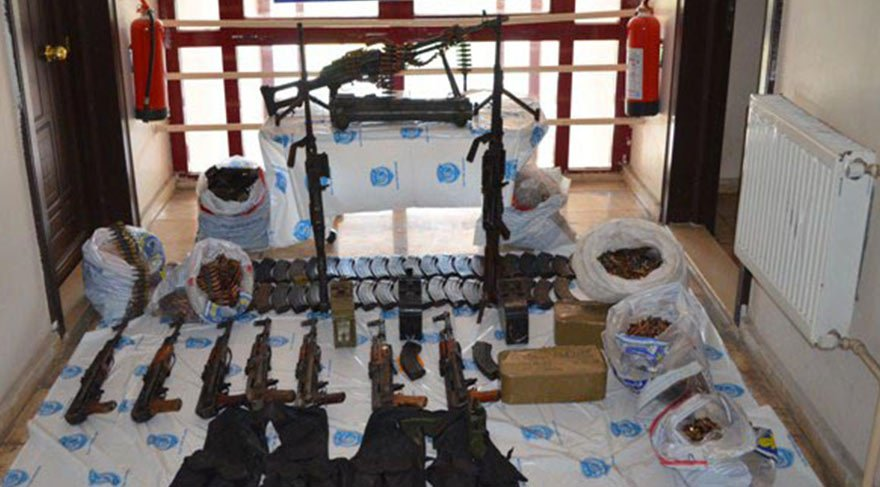 Durdurulan araçtan IŞİD'in cephaneliği çıktı