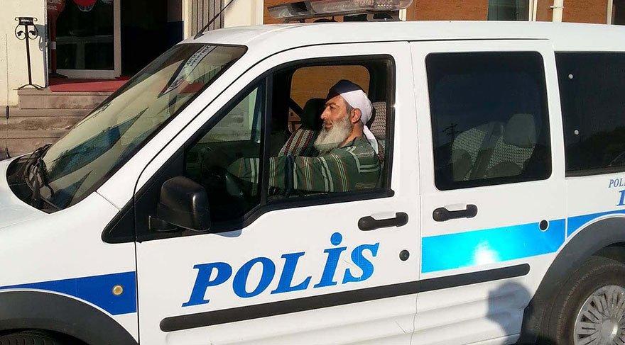 Bayramiç'te sarıklı- sakallı polis şaşkınlığı