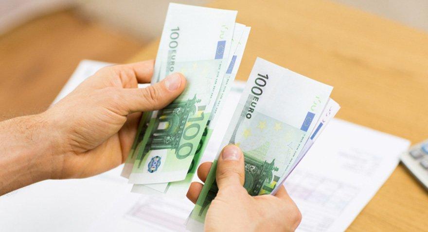 Türkler Almanya'dan 800 milyon euro gönderdi