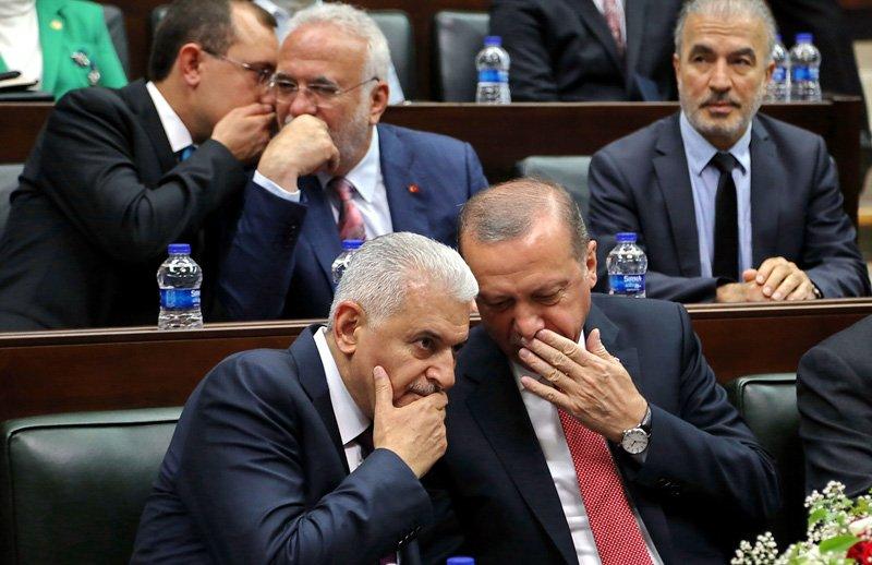 FOTO:DHA - AKP'de il başkanları düzeyinde istifalar bekleniyor.