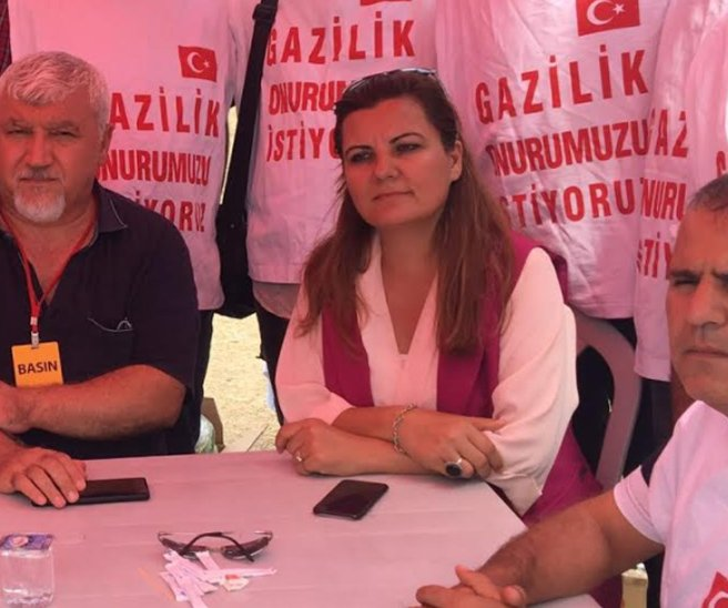 """CHP'li vekil Hürriyet """"Şimdi yeni bir KHK ile, güneydoğu'da teröristlere karşı savaşan ve bu ülke için yaralanan, uzvunu kaybeden askerlere de Gazi ünvanı verilmesinin önü açılabilir"""" dedi."""