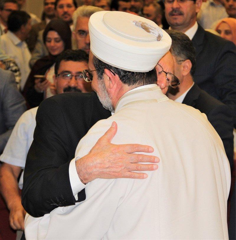 FOTO:DHA - Diyanet İşleri Başkanlığı görevinden emekliye ayrılan Mehmet Görmez, görevini 'vekaleten' Ekrem Keleş'e devretti.