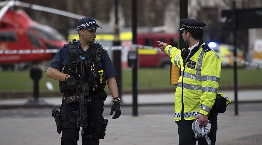 Londra'da şüpheli çanta alarmı: İstasyon boşaltıldı