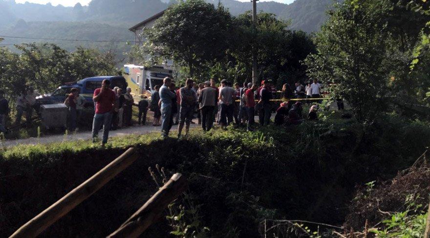 Sakarya'da işçileri taşıyan traktör devrildi: 7 ölü