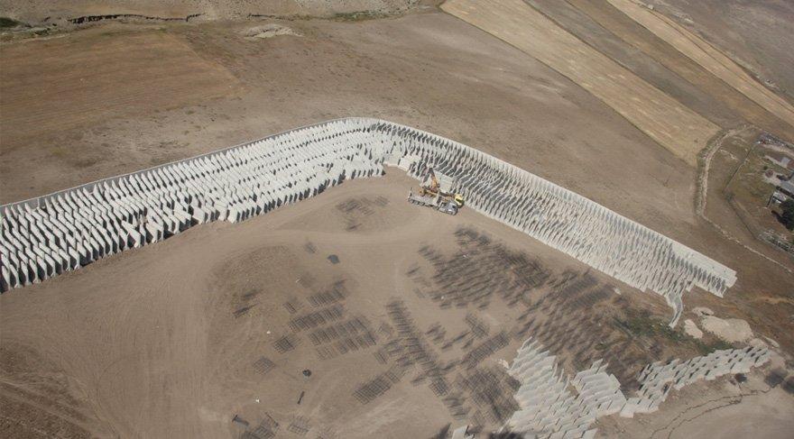 İran sınırına inşa edilecek duvar kışa girmeden bitecek ama…