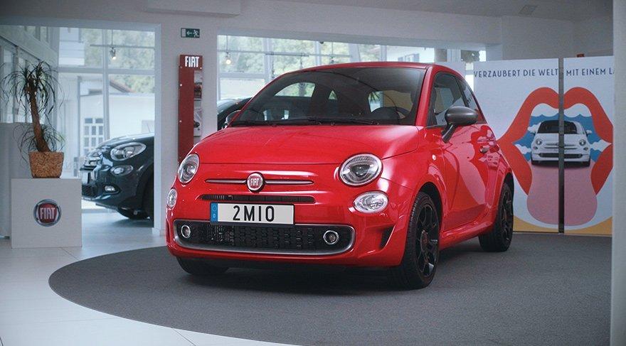 2 milyonuncu Fiat 500 sahibine teslim edildi