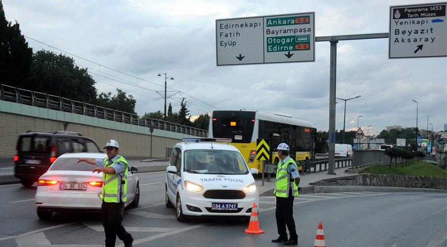 İstanbul'da 30 Ağustos coşkusu… Bu yollar kapalı