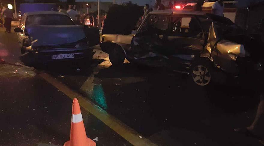 Bir 14 diğer 16 yaşında iki sürücü kaza yaptı: 5 yaralı