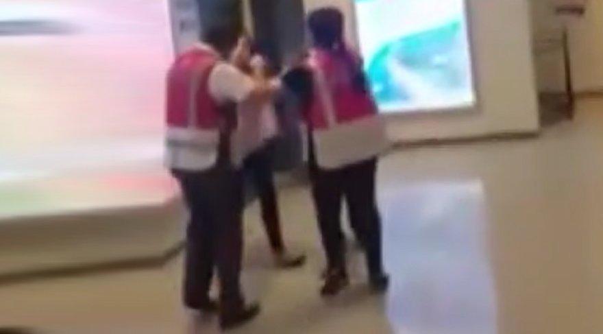 Metroda müzisyene dayak iddiası… Emniyet'ten açıklama geldi