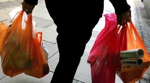 Bu ülkede plastik poşet kullanmak yürek istiyor
