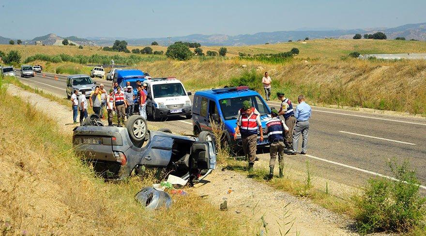 Manisa'da düğün konvoyunda kaza! 1 ölü, 5 yaralı