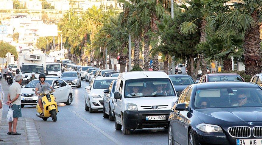 Bodrum'da trafik durma noktasına geldi