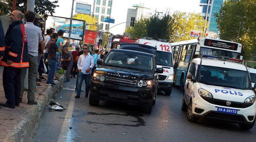 Motosikletin cipin altına girdiği kazanın ardından vatandaşlar 'kim haklı?' kavgasına tutuştu